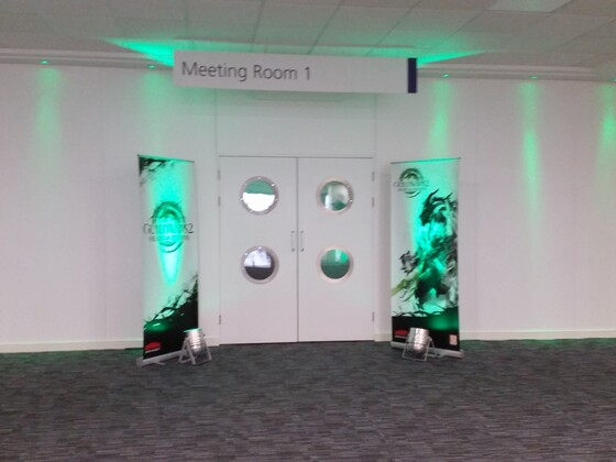 "Der Eingang zum ""Meeting Room 1"""