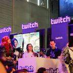 Weitere Guild Wars 2 Cosplayer am Twitch-Stand